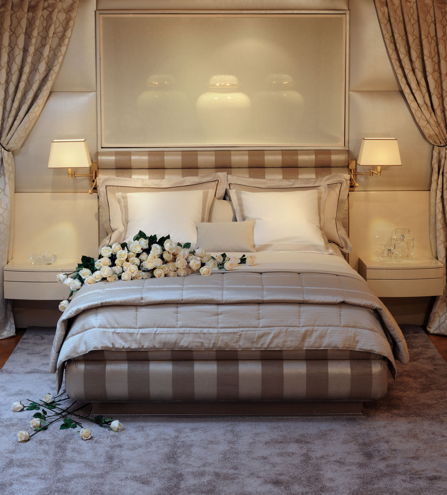 bedroom-beautiful bed- luxury furniture Madélia -  paris