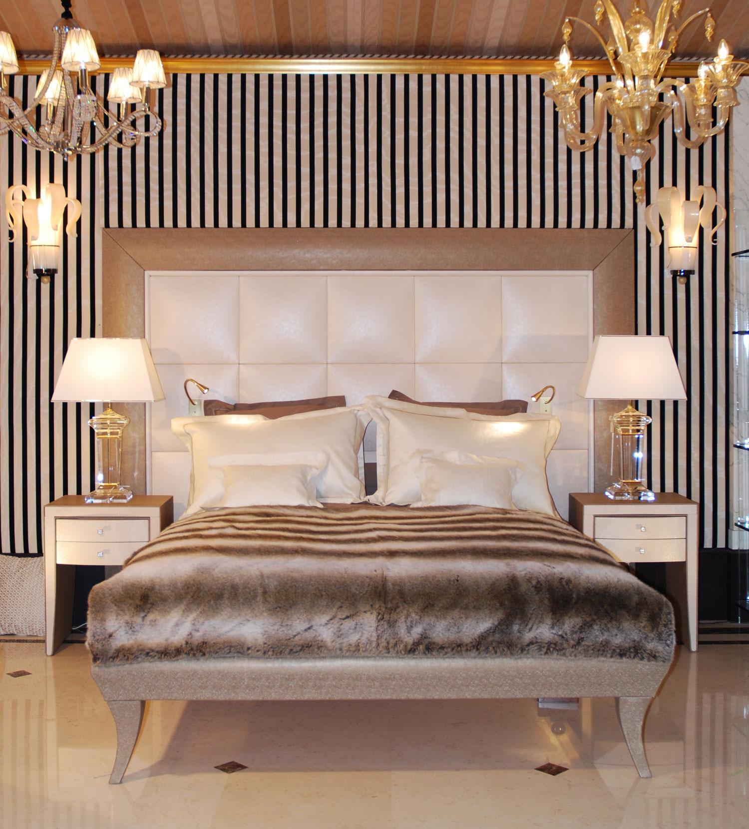 chambre à coucher décor Madélia Grande Tete de lit, Mobilier de Luxe Paris