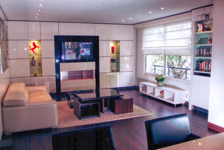 Meuble de rangement , télé, sur mesures Madelia mobilier de luxe Paris