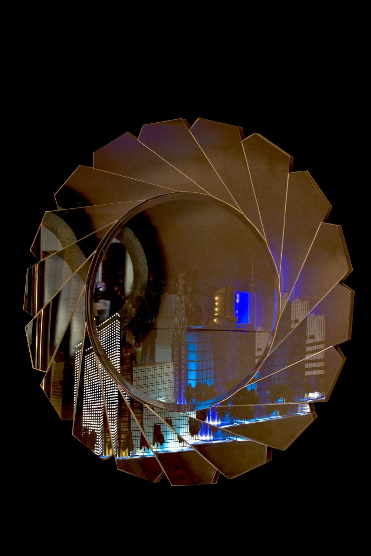 Miroir Fleur en facette de miroir  Madélia-Paris