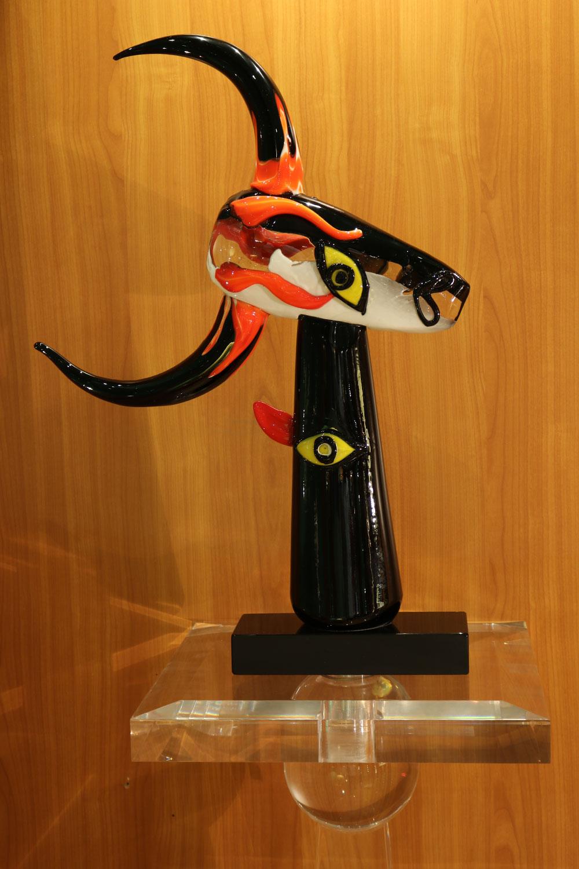 El Toro scupture objet pate de verre de Venise Madelia-paris