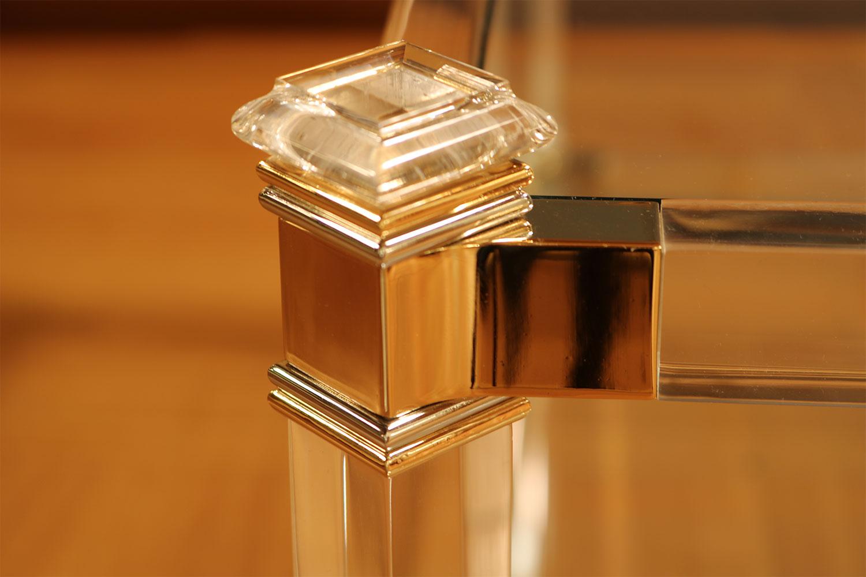 Détail Table-basse-transparente méthacrylate Madelia Paris Mobilier de luxe
