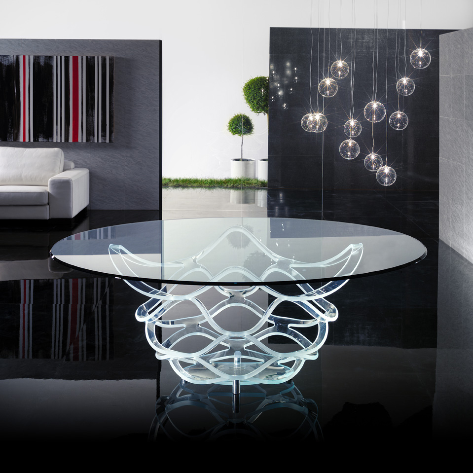 Clear dining table- glass table- luxury store Madelia Paris NEO 72