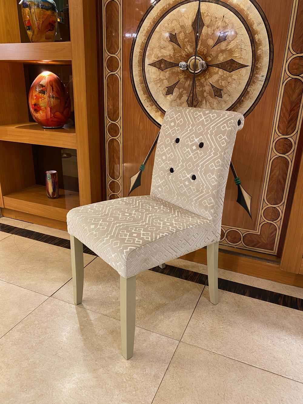 Chaise Princesse Bouton de couleur , chaise de bureau, Madelia Paris